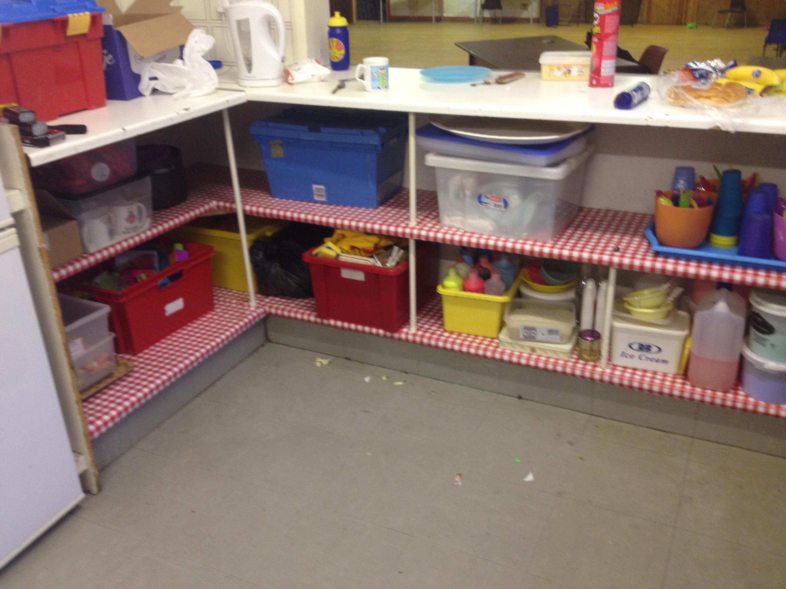 volunteering in edgware scout hut diy 2nd edgware scouts. Black Bedroom Furniture Sets. Home Design Ideas